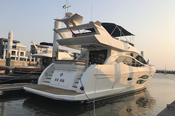 香山游艇会 70尺游艇