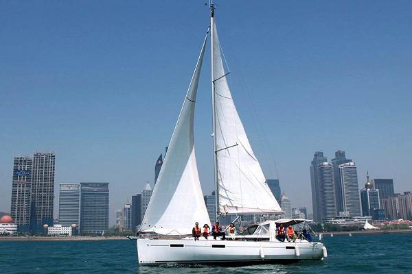 法国博纳多Oceanis41单体帆船