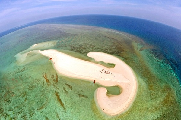你好,这里是富饶的西沙群岛。