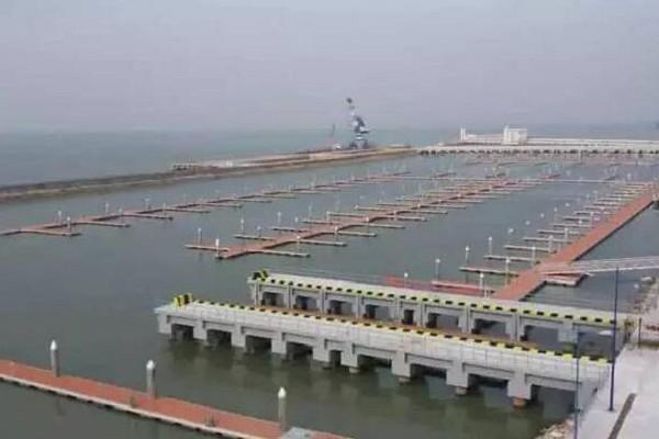 深圳机场鸿洲国际游艇会