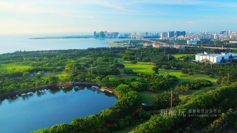 新埠岛国际游艇码头→白沙门公园→世纪大桥→万绿园→秀英港→西海岸会展中心