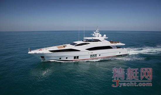2016世界超级游艇大奖 阿联酋Gulf Craft Majesty 122 NASHWAN