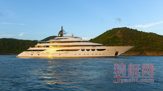 对游艇的爱,在日落黄昏后 ⅡQuattroelle-Yacht-after-sunset.jpg