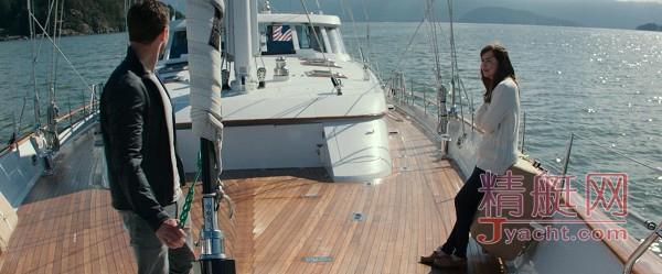 我只想带你看《五十度黑》里的超级帆船